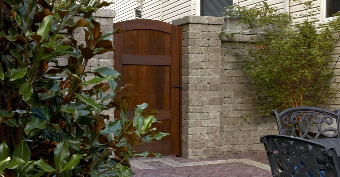 Brussels Dimensional Stone Walls Amp Verticals Pavers