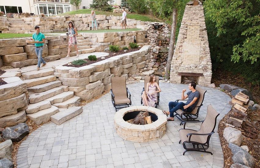 Outcropping Wall Walls Amp Verticals Pavers Amp Retaining